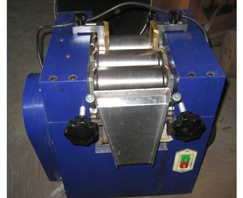 实验室用三辊机